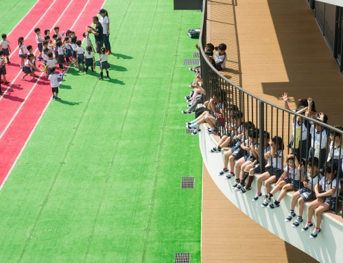媽媽寶寶雜誌報導:日本有夢幻幼兒園,台灣也有!絕美游泳池、綠地…幼兒園用建築空間激發孩童想像力與創造力