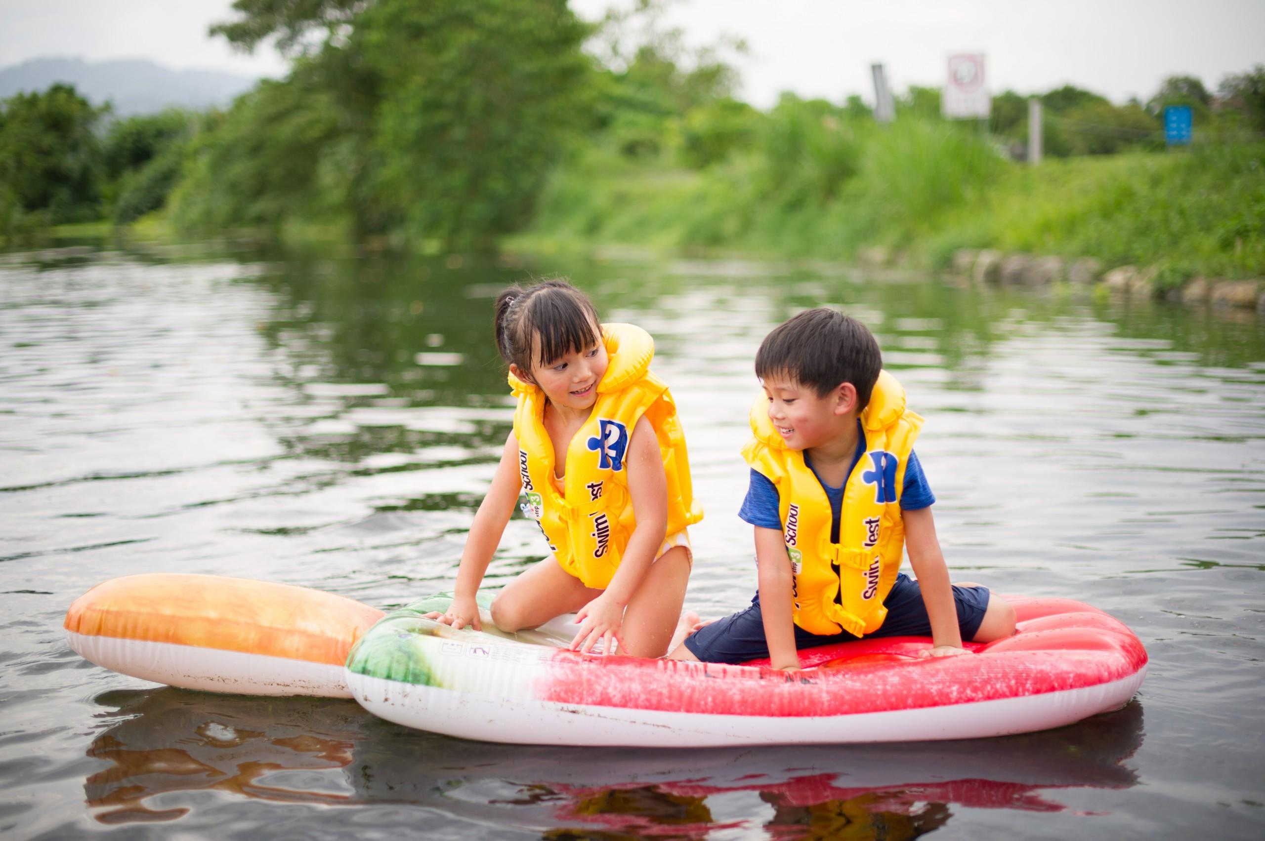 德築-DEZU-project-Fun3sport-inflatable-bed-lake-14