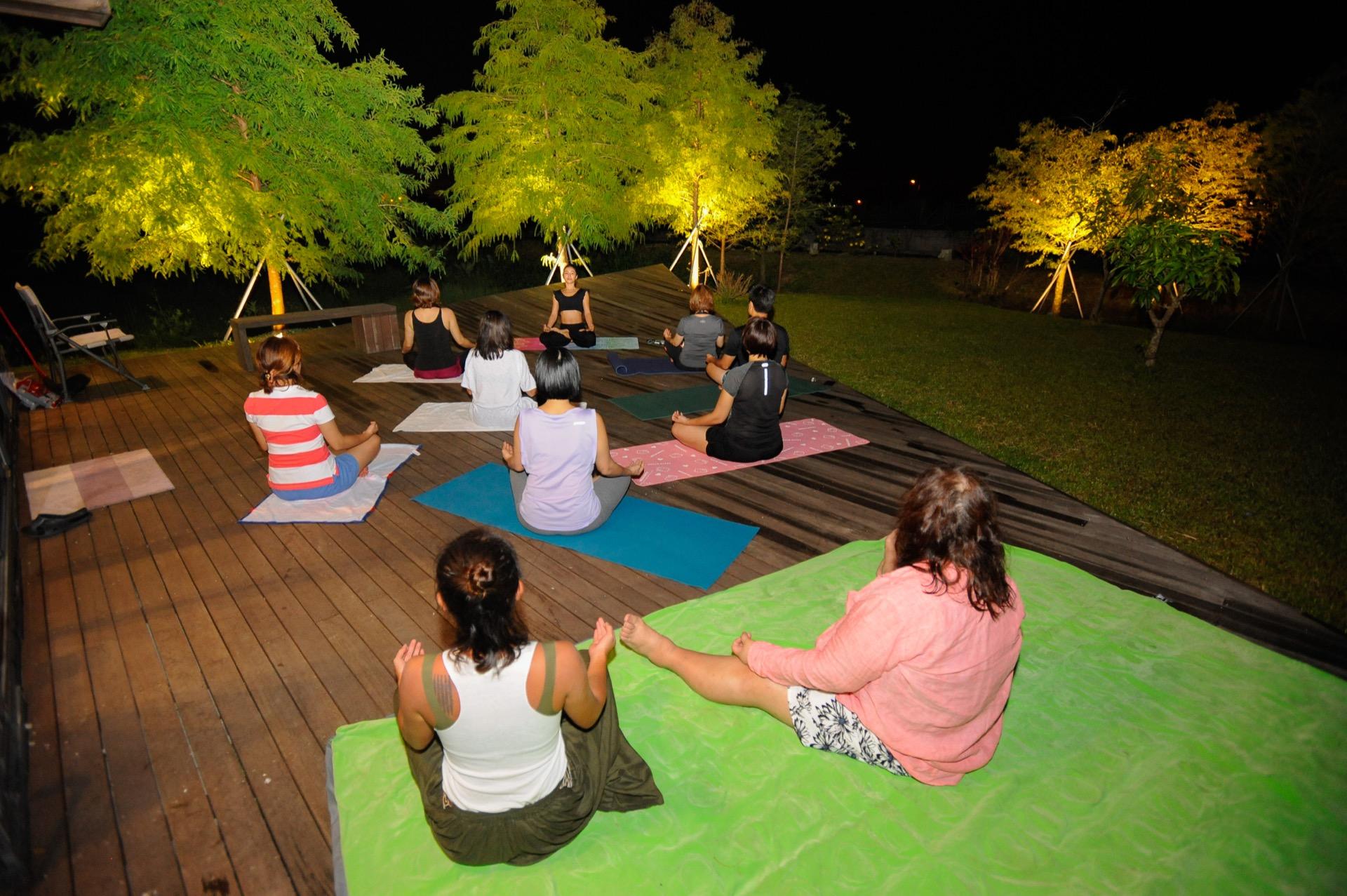 德築-DEZU-project-Fun3sport-night-yoga-2