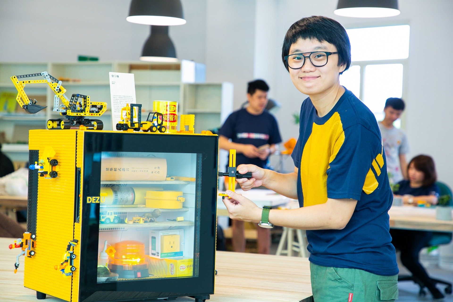 德築-DEZU-project-cooler-design-game-refrigerator-create-12