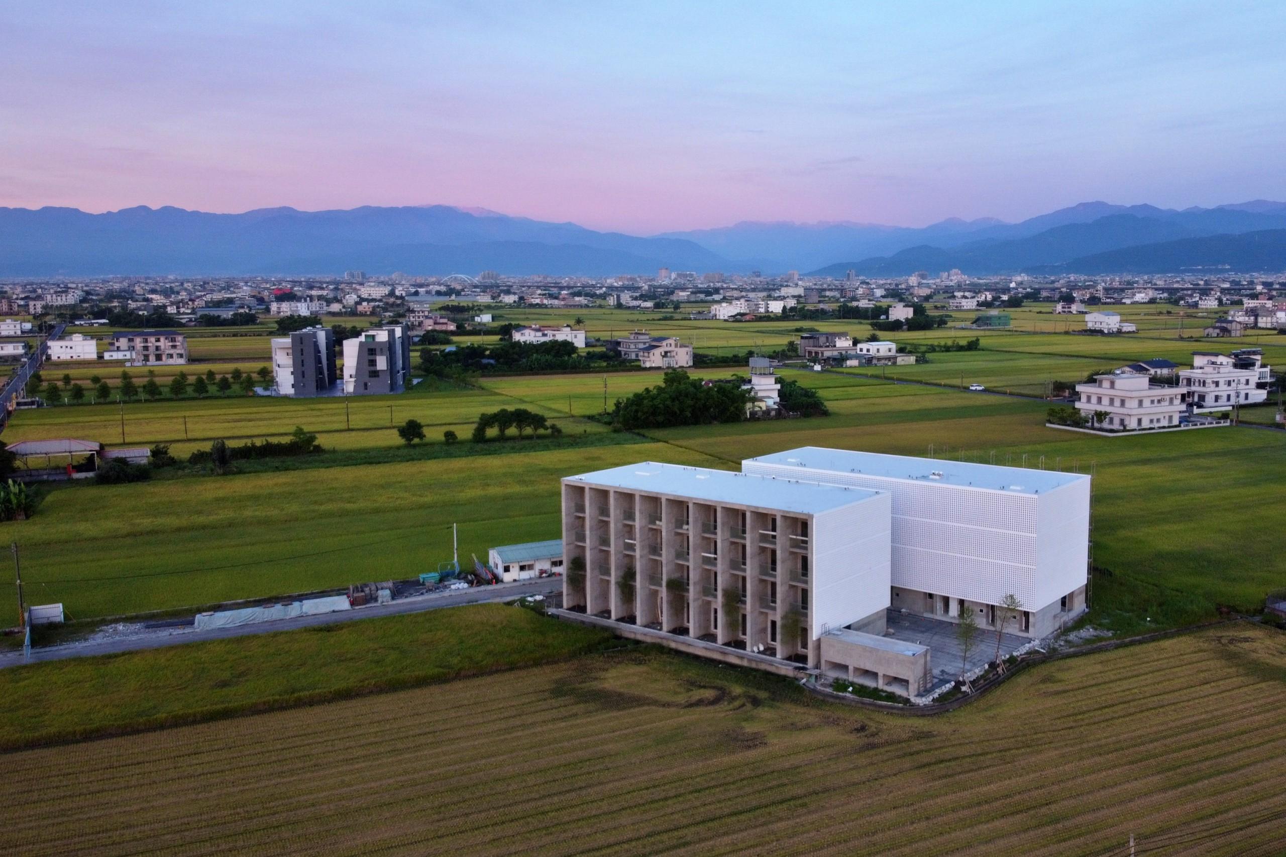德築-DEZU-project-Zutian-architecture-real-estate-sunrise-3